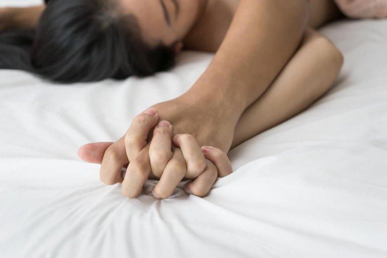 Richtig stimulieren klitoris Frau richtig